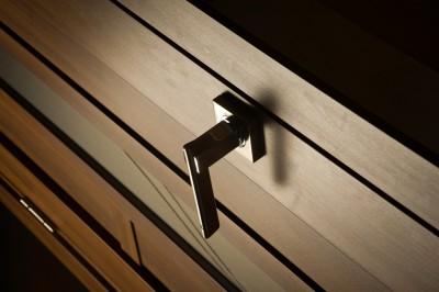 Звукоизоляционные двери с дополнительной функцией проветривания